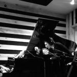 Matt Tong(ex-Bloc Party)とロック界の裏方番長 Alex Newportの新バンド Red Loveがデビュー曲'Gone Tomorrow'を公開