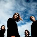 ゴボウ抜き必至のデビューAL!UKインディーロックバンド Broken Handsが'Meteor'のMVを公開