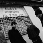 90's生まれのブリットポップ!UKティーンエイジロックバンド FRONTEERSが'It's Up To Me Now'を公開