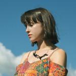 マンチェスターのSSW、Caoilfhionn Roseが'Wild Anemones'のMVを公開