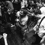 The Undertonesバリの!豪パンクロックバンド Helta Skeltaが新作 Beyond The Black Stump の全曲試聴を開始