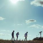 UKオルタナティヴロックバンド Big Springが衝撃のデビュー曲'Buzzards Leave the Bones'のMVを公開