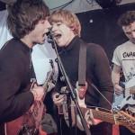 密かに期待してるUKロックバンド The Velvet Handsが新曲 'Trains'を公開