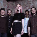 爽やかに儚いロンドンのロックバンド Heavy Heart、'Fruitfly'を公開