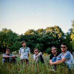 ロンドンの瑞々しいギターポップバンド Swimming Tapes、新曲 'Tides'を公開