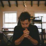 段違いの温かみ!ロンドンのソロアーティスト Bruno Majorが新曲 'Second Time'を公開