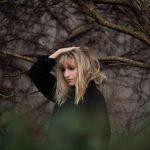ノルウェーのアンビエント・SSW、Carmen Villainが新曲 'Only Decades'を公開