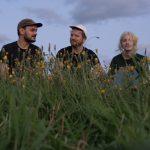 カナダのソフトダンストリオ Men I Trust、新曲 'Tailwhip'を公開
