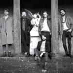 ダブリンの張り詰めたロックンロールバンド Fontaines、'Hurricane Laughter'のMVを公開