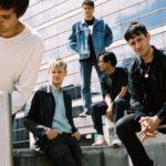 パリのポストパンクバンド RENDEZ-VOUS、'Double Zero'のMVを公開